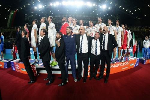 2015 Equipe de France Championne d'Europe - podium à Sofia